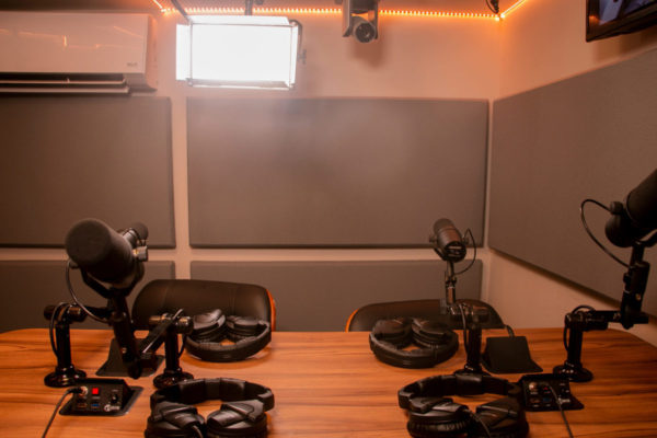 Studio B Side VIew | NYC Podcasting : Rent a podcast studio in NYC